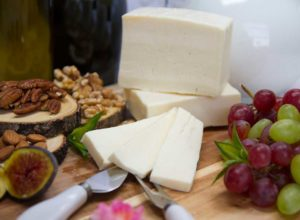 fromagerie marie kade montreal cheese yogurt dairy products doux