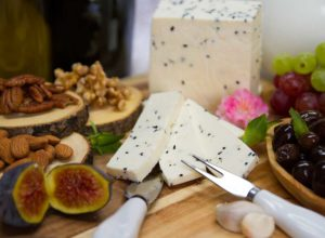 fromagerie marie kade montreal cheese yogurt dairy products nabulsi